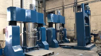 Delivery of paddle type agitator double planetary mixer machine