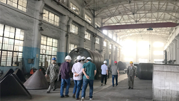 Leaders from one military enterprise visit YINYAN factory and asking 50L planetary vacuum mixer machine
