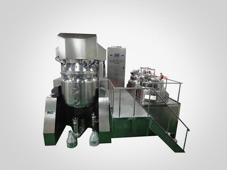 Vacuum emulsifying mixing unit