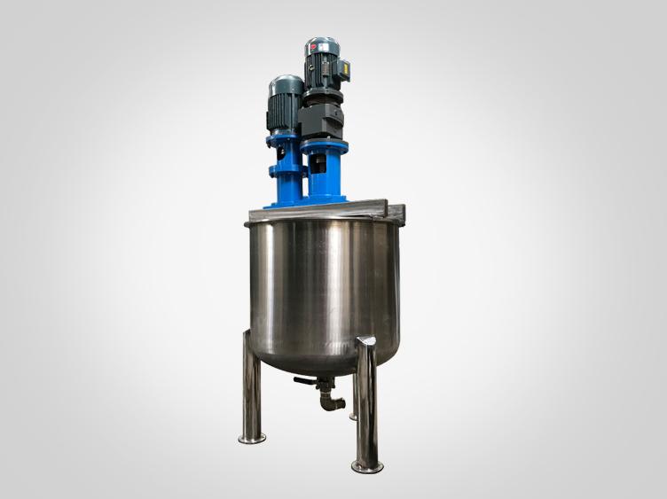 Double shaft mixing dispersing vessel